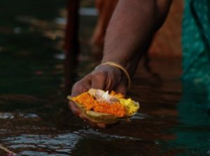 Puja offering Ganga Rishikesh